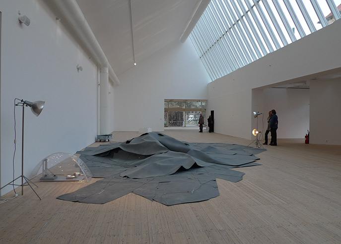 Studie zur Sehnsucht, kinetik installation by Kerstin Ergenzinger