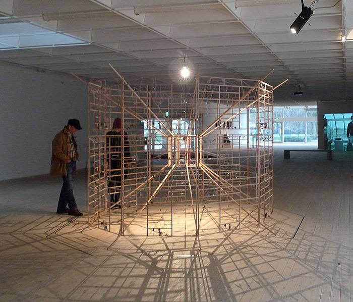 Rechnender Raum, kinetik installation by Ralf Baecker